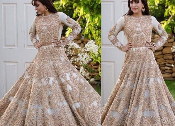 See Urwa Hocane Dazzles in Ali Xeeshan Wedding Outfit
