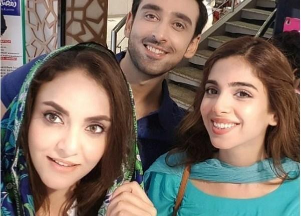 See Nadia Khan on the Set of her Upcoming Drama Pakeeza
