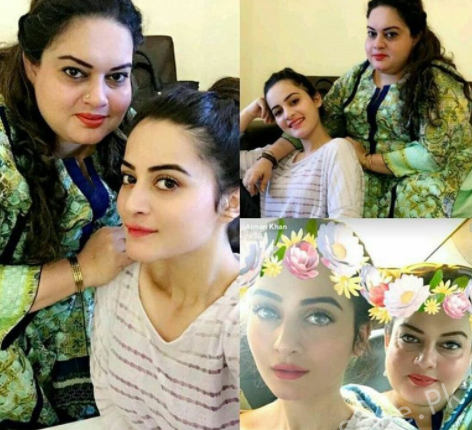 Aiman Khan And Minal Khan Celebrating Independence Day