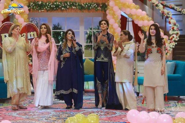 See Sangeeta celebrated her 60th Birthday in Geo Subha Pakistan