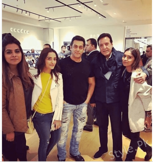 Beautiful Momal And Javed Sheikh With Salman Khan In London
