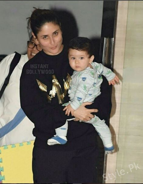 Latest Clicks Of Kareena Kapoor With Her Cute Son Taimur