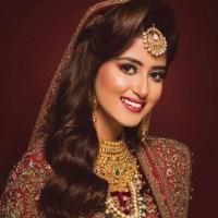Cute smile Pakistani actress Sajal Ali