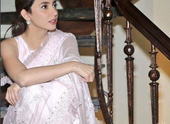 Beautiful Mahira Khan Spotted At An Event In Lahore