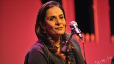 Tina Sani Sings Mesmerizing Rendition Of Faiz Ahmed Faiz's Poetry, famous poet, pakistani popular poet, sani singer of pakistan