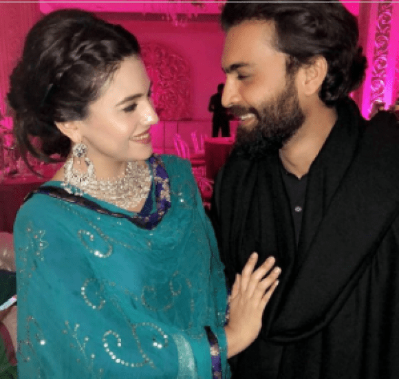 Cute Video Of Zara Noor And Asad Siddiqui Is Melting Many Hearts