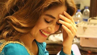 "Sajal Aly's New Look From ""Aangan"" Will Make You Go 'Aww', Sajal Aly's New Look From ""Aangan"", Sajal Aly's , Sajal Aly's New Look"