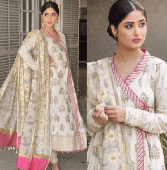 Stunning Beautiful Photoshoot of Sajal Aly