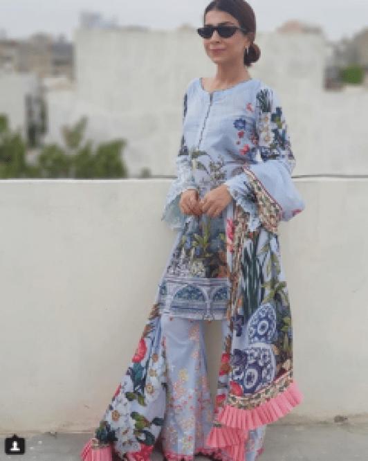 Beautiful Latest Clicks of Humaima malik, Dua Malik and Alizey Feroze