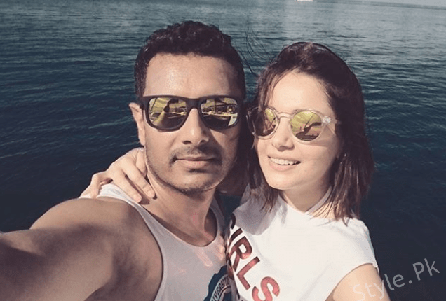 See Armeena Khan's Pictures with her Fiance