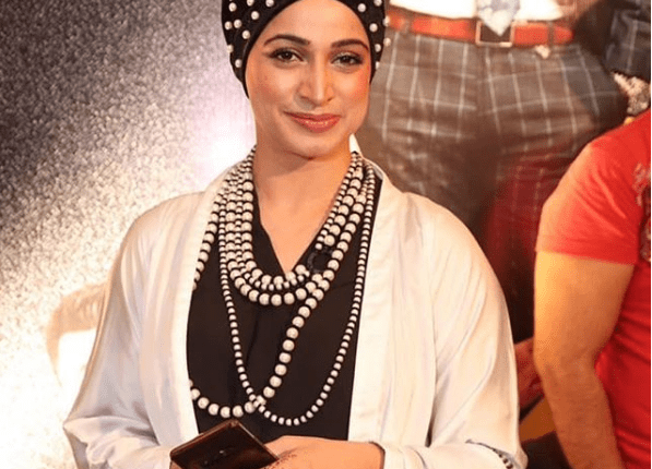 See Noor Bukhari looks stunning at the premier of JPNA2