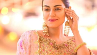 Actress Amar Khan Latest Beautiful Clicks From A Recent Wedding