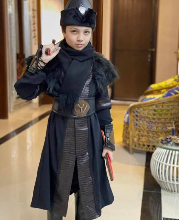 Iqrar Ul Hassan's Son Casual Dressed Up as Ertugrul