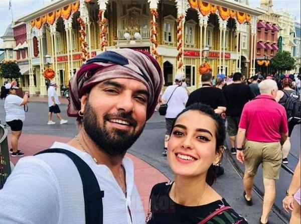 Iqra Aziz Reveals Her First Crush Wasn't Yasir Hussain?