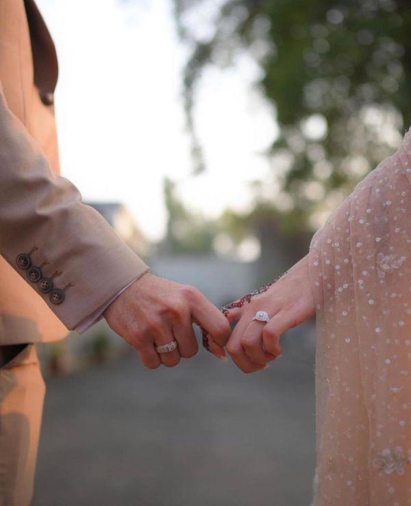 Shahveer Jafry And Ayesha Beig Got Engaged