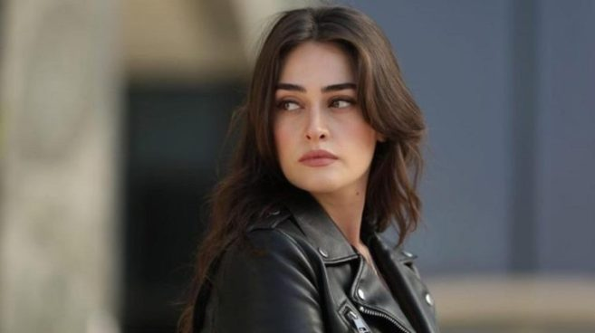 Esra Bilgic aka Halima Sultan kissing video goes viral