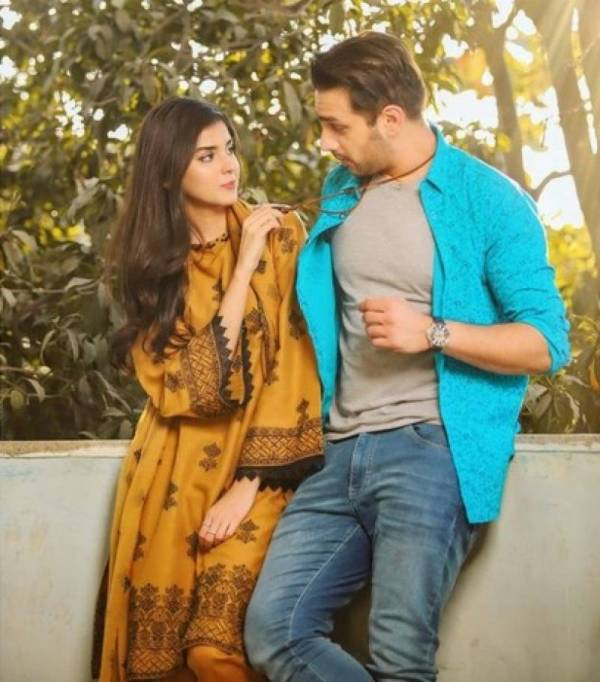 Zainab and Usama have good chemistry on and OFF the screen
