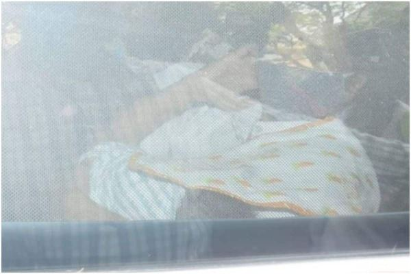 First Glimpse of Kareena Kapoor Khan Second Baby Boy