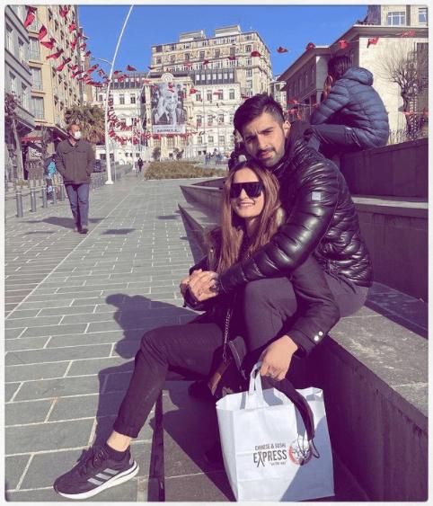 Aiman Khan and Muneeb Butt Rock Borjan in Istanbul