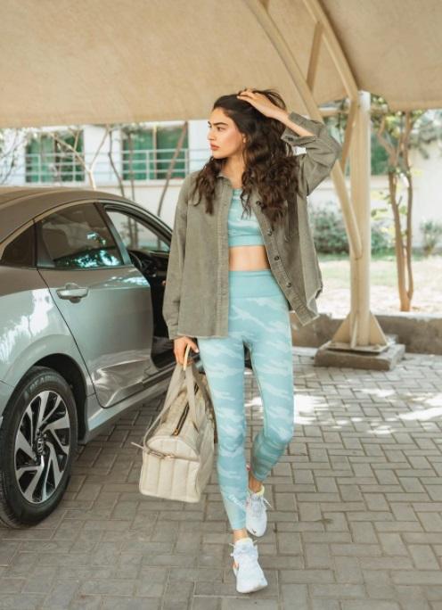 Saheefa Jabbar Hot Gym Look