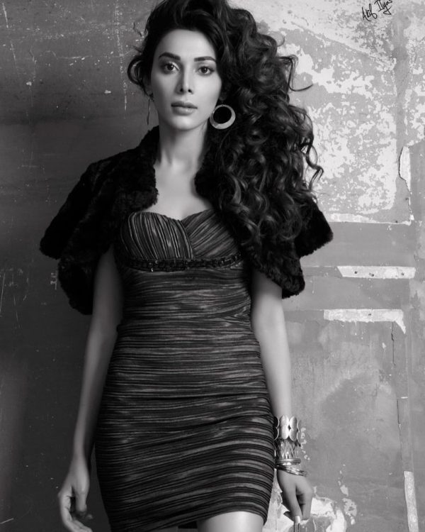 Latest Hot Fashion Shoot Of Eshal Fayyaz