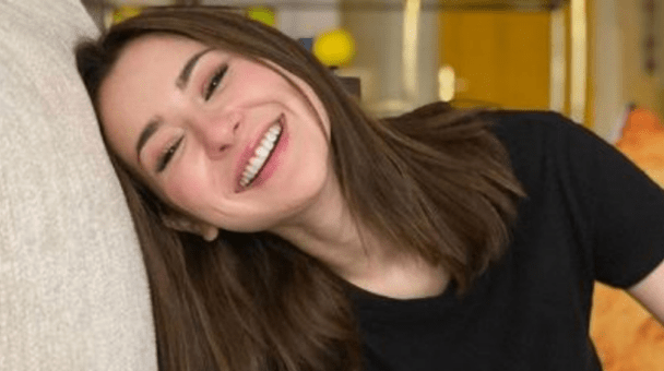 Hania Amir Shares A Cryptic Message On Instagram