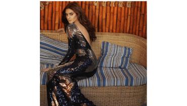 Hira Mani Take Internet On Fire In Glamour's Dress