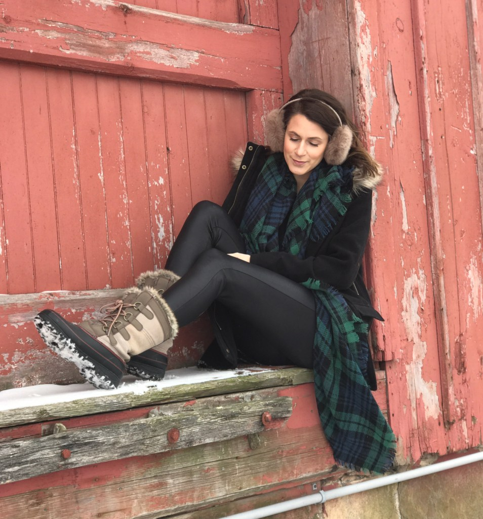 What To Wear When It's Cold | Outfits For Being Outdoors