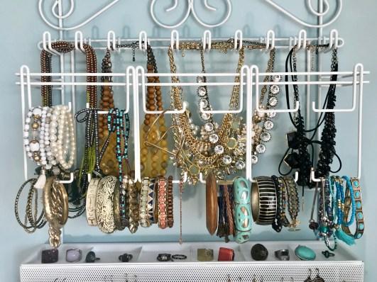 Bracelet organization