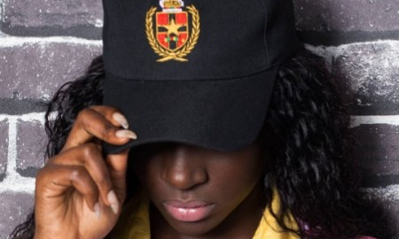 Model in Abrantie snapback