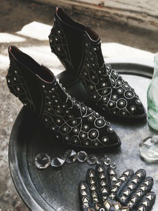 Jeffrey Campbell After Dark Boots from Free People | Link Roundup 4