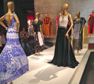 mexico-fashion-history-16