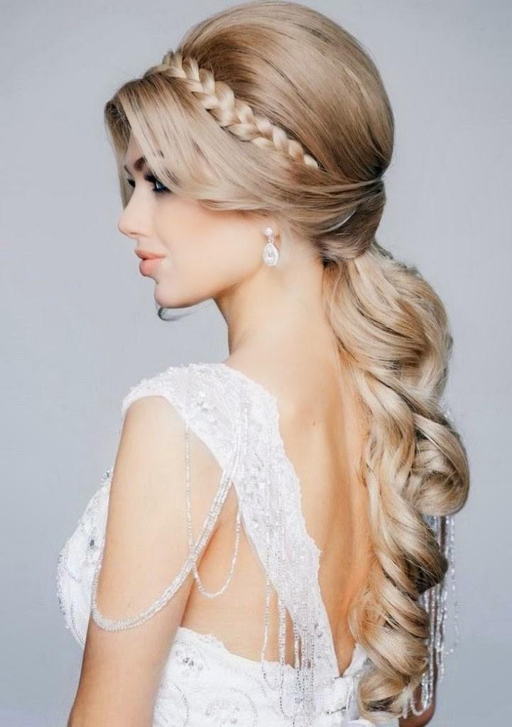 30+ Elegant Prom Hairstyles  Style Arena