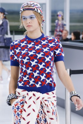 The airplanes patterned T-shirt