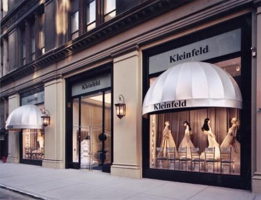 kleinfeld-bridal-toronto-the-bay-queen-street