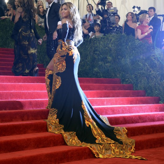 Beyonce-Met-Gala-2013-Givenchy