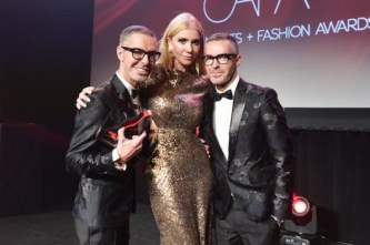 Canadian-Arts-Fashion-Awards-2014-Sylvia-Mantella-with-International-Designer-of-the-Year-winner-DSquared2s-Dean-and-Dan-Caten