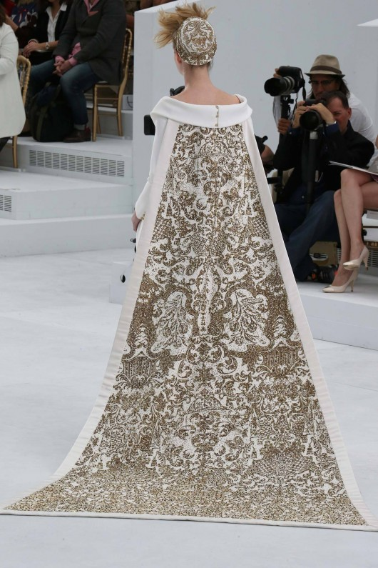 chanel-haute-couture-fall-2014-details-7