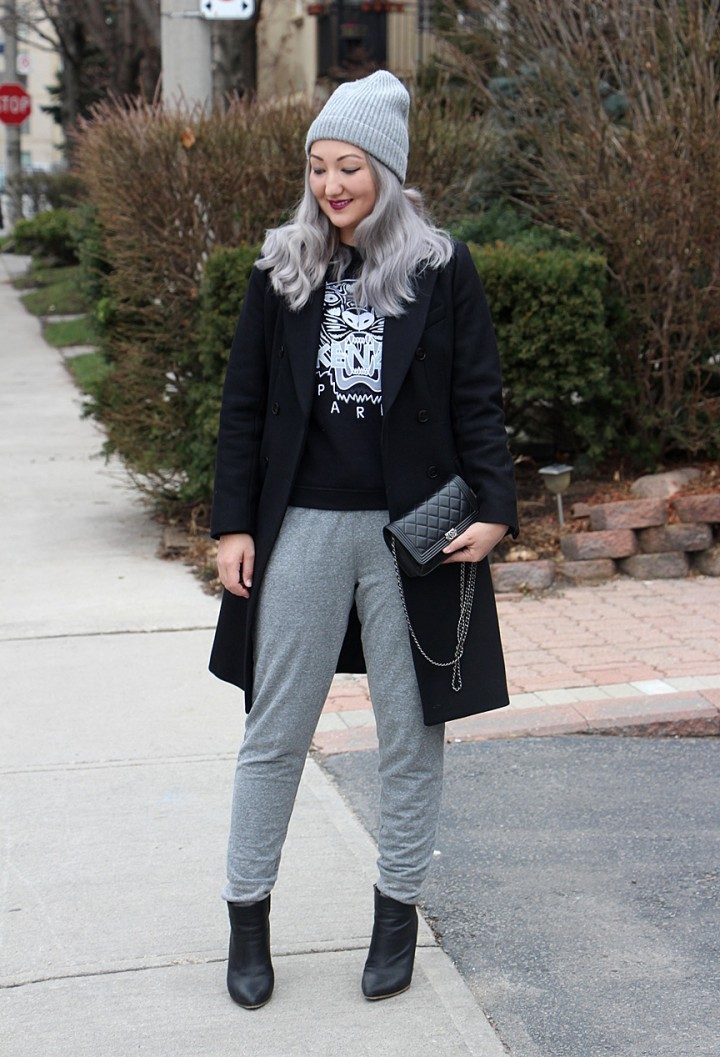 grey-hair-toque-sweatpants-kenzo-sweatshirt-12