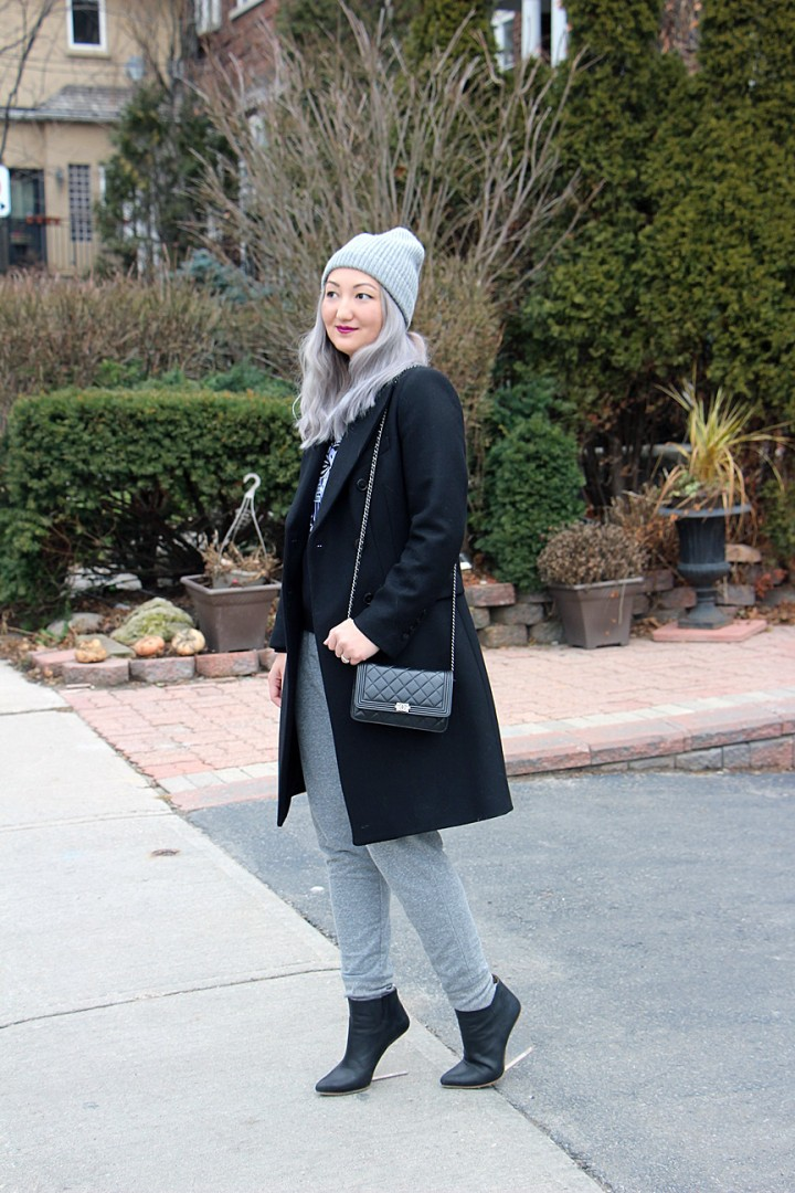grey-hair-toque-sweatpants-kenzo-sweatshirt-4