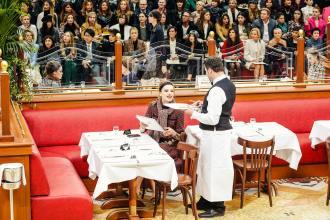 chanel-brasserie-gabrielle-show-3