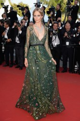 Cannes-2015-Poppy-Delevingne-Burberry