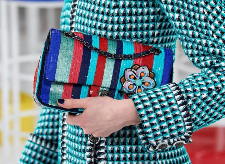 chanel-seoul-resort-cruise-2016-bags-accessories-22