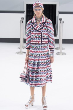 chanel-airlines-spring-2016-collection-2
