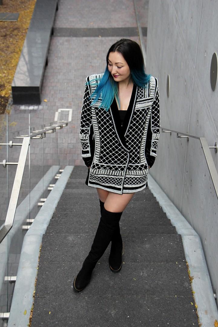 balmain-h&m-beaded-jacket-blazer-dress-over-the-knee-la-canadienne-boots-17