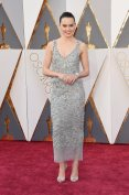 The-Oscars-2016-Best-Dressed-Daisy-Ridley