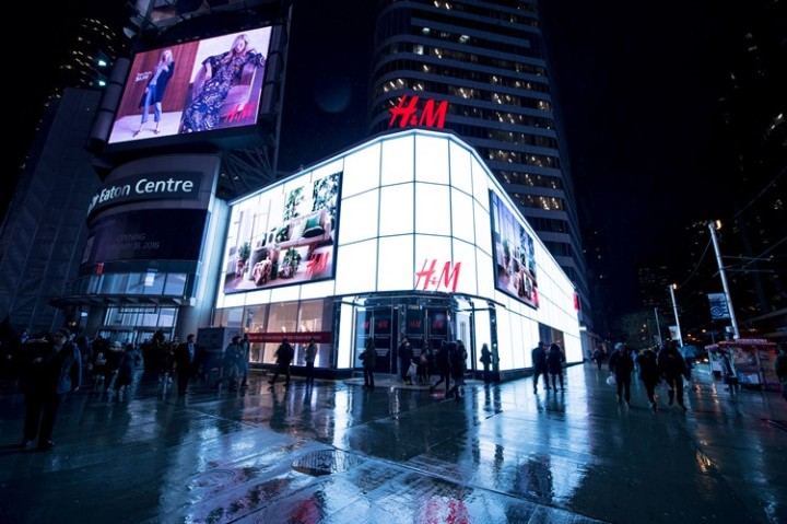 hm-home-eaton-centre-grand-re-opening (55)