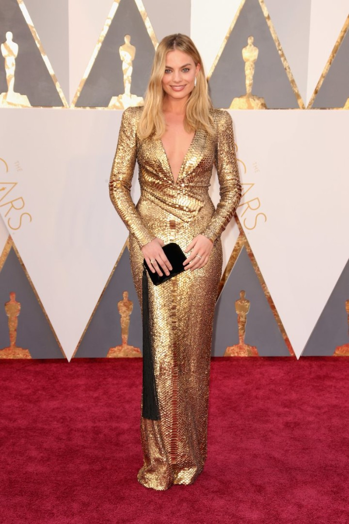 the-oscars-2016-margot-robbie