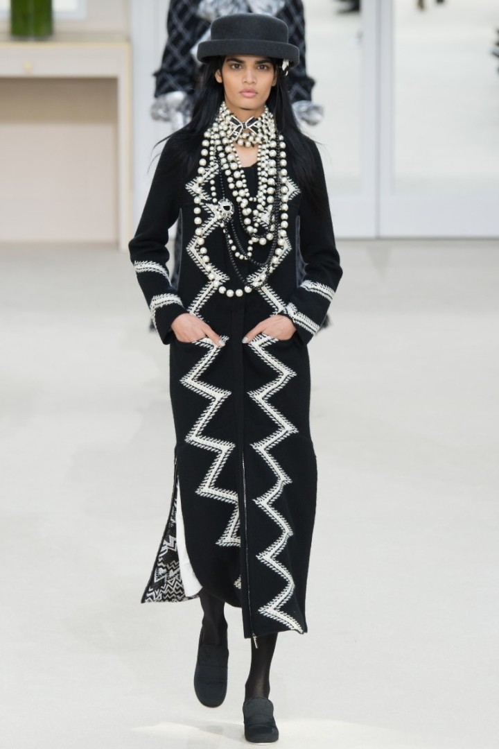 chanel-fall-2016-front-row-only-collection4