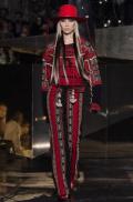 hm-studio-aw-fall-2016-paris-fashion-week (31)